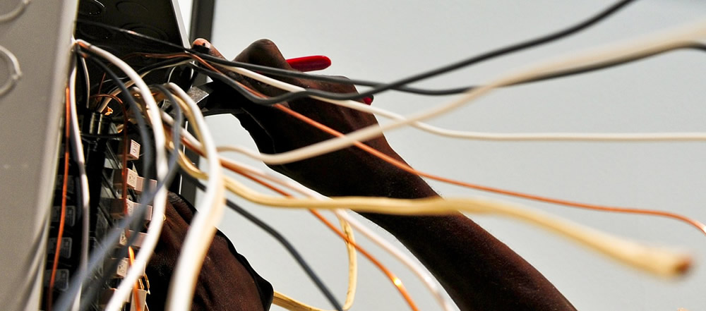 Queensland Homeowners Warned Against DIY Electrical Work